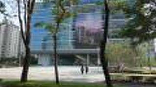 高雄市立図書館総館