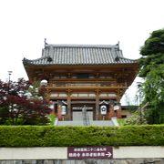 お参りにはJR総持寺駅が便利です