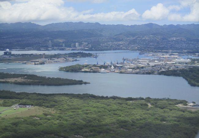 太平洋戦争緒戦である真珠湾攻撃の場所として決して忘れることができないところです。