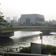 真夏の桜橋
