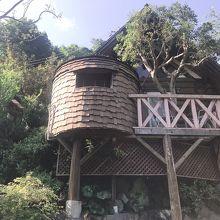 大自然の中のログハウス