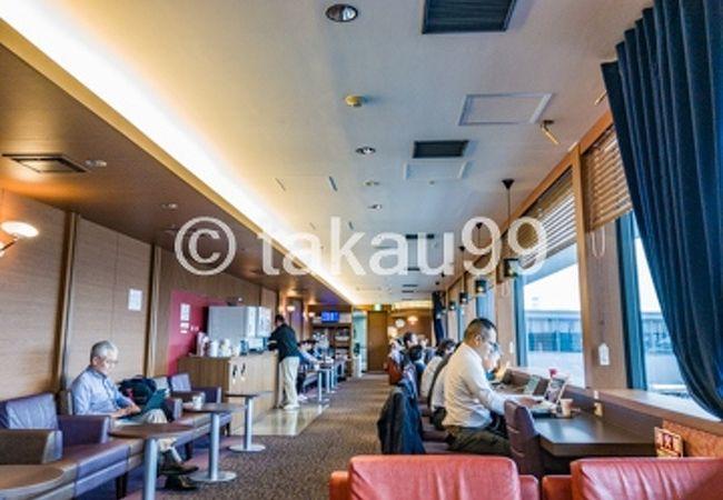 関西国際空港 国際線 カードメンバーズラウンジ アネックス六甲