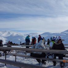スキー場ゲレンデにて