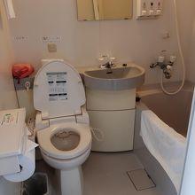 浴室の設備は一般的。水圧の高いシャワーが気持ちよし。
