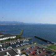 竹生島クルーズの発着場です