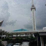 最大級のモスク