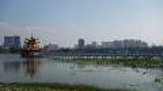 蓮池潭風景区