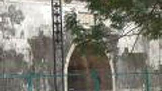 左營東門 (鳳儀門)