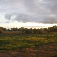 列車に限りませんがのどかな車窓が続きます。
