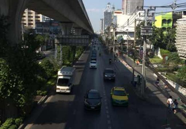 バンコクの町中の大街道