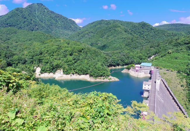 入畑ダム展望広場