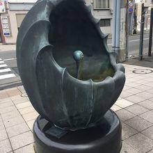日本一おいしい水のモニュメント