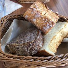ふかふかパン。