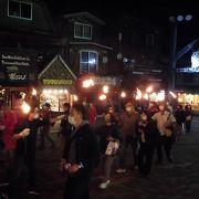 お土産物さんが20軒近く並び、シアター/生活記念館/火祭り等を見学しました