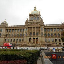 国立博物館本館