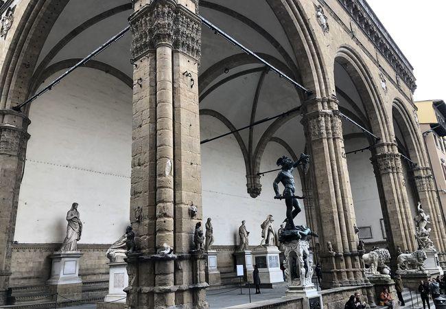 もしかしたら、フィレンツェで一番好きな場所かもしれない…