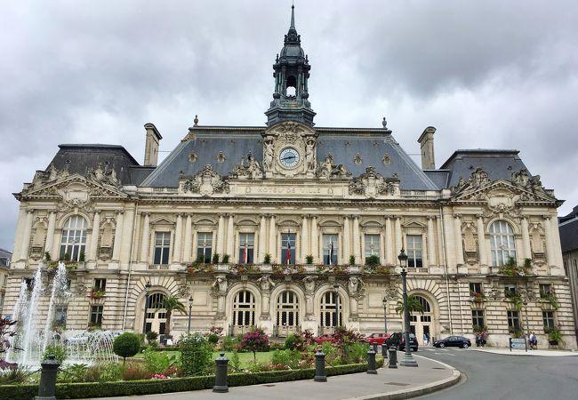 美しい市庁舎