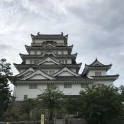 新幹線駅前の福山城なかなか立派お城