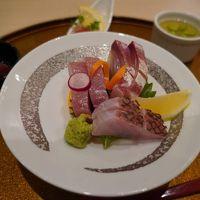和洋折衷の夕食では地の食材を楽しめた