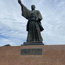 岩崎弥太郎之像