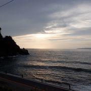 日本海の岩場や海岸が多かった場所でした。