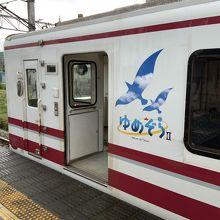 直江津側は空いてるので、直江津からの乗車がオススメ。