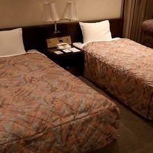 3名の場合はソファーがベッドに変身します(笑)