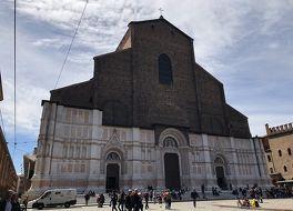 サン ペトローニオ聖堂