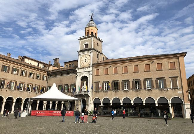 市庁舎 (モデナ)