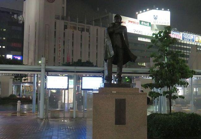 岡山駅東口喫煙所近く