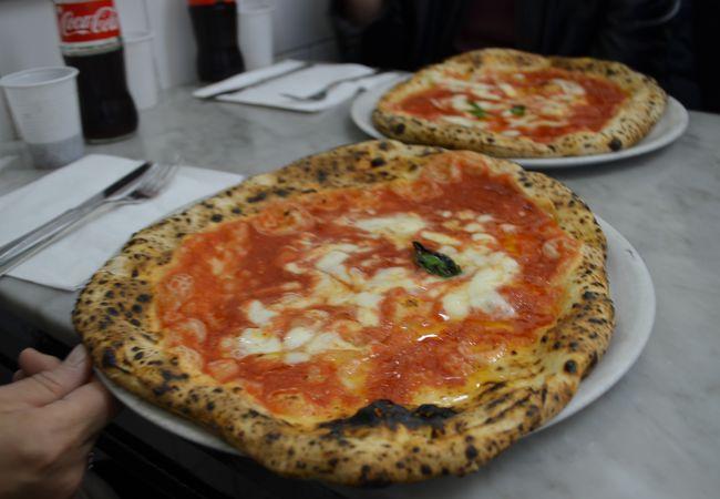 ナポリでのピザならここがお薦めです