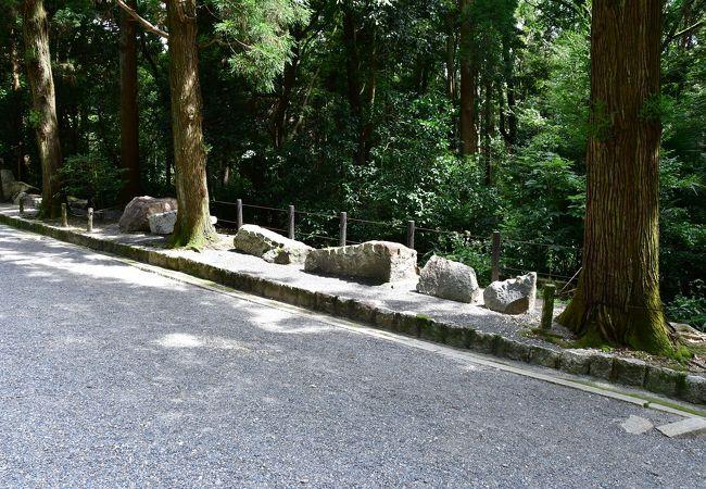 伏見城跡に築かれた天皇陵