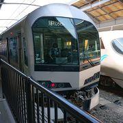 瀬戸大橋線を通る列車