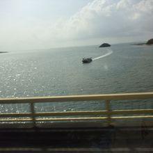 川を橋から