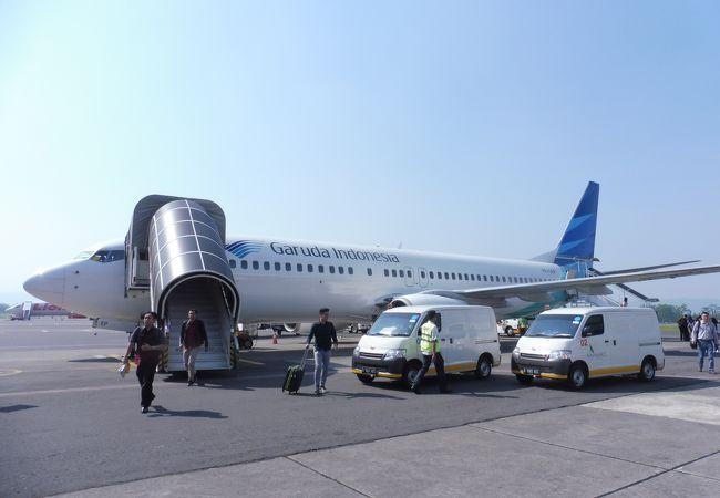 アジスチプト国際空港 (JOG)
