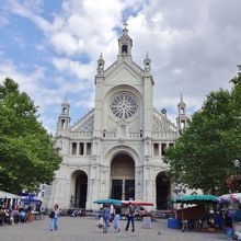 サント カトリーヌ広場