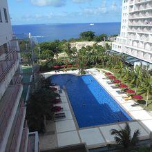 ホテルマハイナウエルネスリゾート沖縄プール
