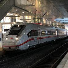 フランクフルト空港長距離列車駅