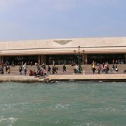 ヴェネツィア本島の玄関口