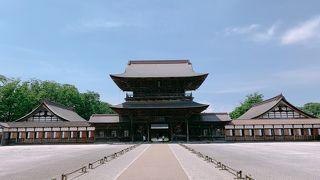 国宝や重要文化財に指定されています。 長い歴史を感じました。