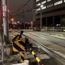 品川駅に、