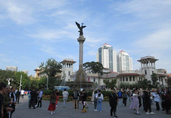 馬可波羅広場