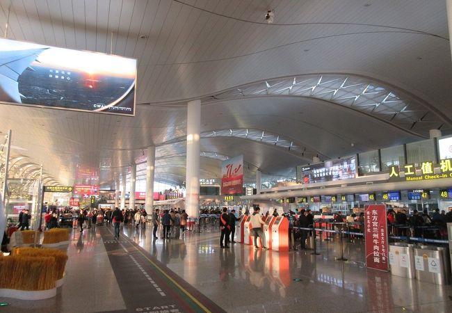 銀川河東国際空港 (INC)