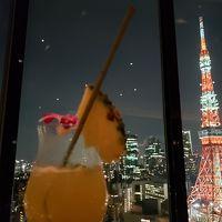 33階のバーからの東京タワー。