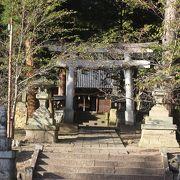葛尾城の入り口にある神社