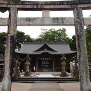 ひっそりと松江神社