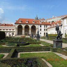 ヴァルトシュテイン宮殿