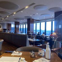 15階の朝食レストラン