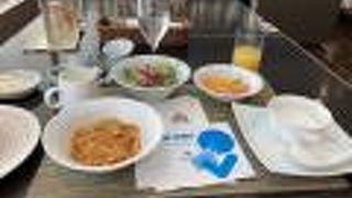 朝食は時間がかかります