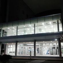 小樽港フェリーターミナル (勝納埠頭)